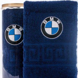 Подарочное полотенце в тубе BMW