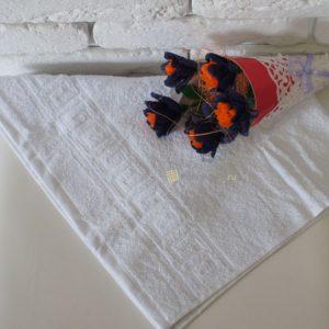 Полотенце белое 450 гр/м2 с греческим бордюром 40×70 см.